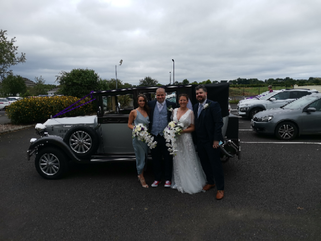 We would like to congratulate Conall and Sara who had their Wedding at Barnabys on Saturday!